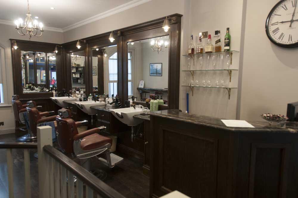 Barber, Fulham, Fulham Barber, Fulham Beauty, Fulham Hairdresser, Fulham Locals, Hair and Beauty, Hairdresser, Naz Zeneldeen, SW6, Wandsworth Bridge Road