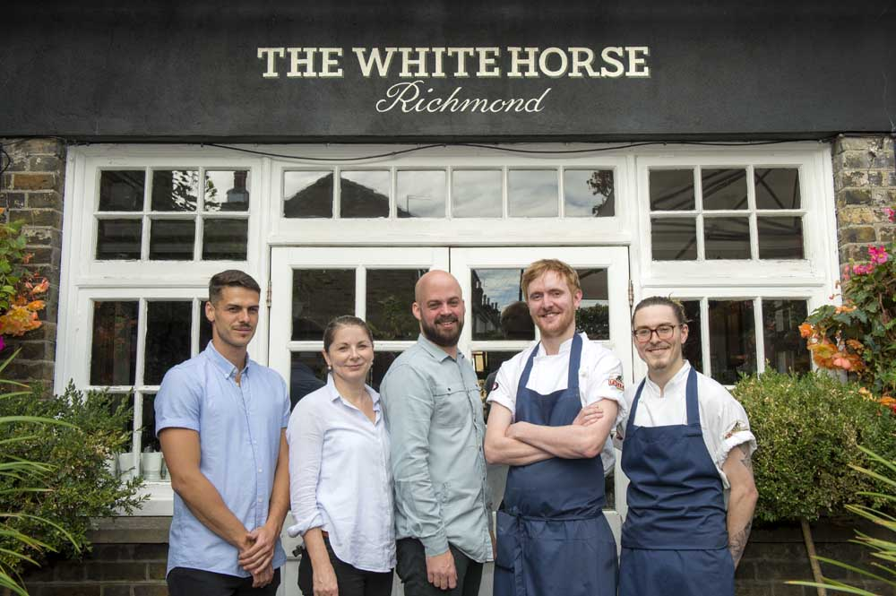 The White Horse Richmond: A Proper Neighbourhood Local