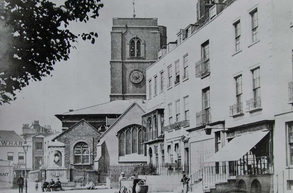 Chelsea Old Church: Chelsea's Great Survivor