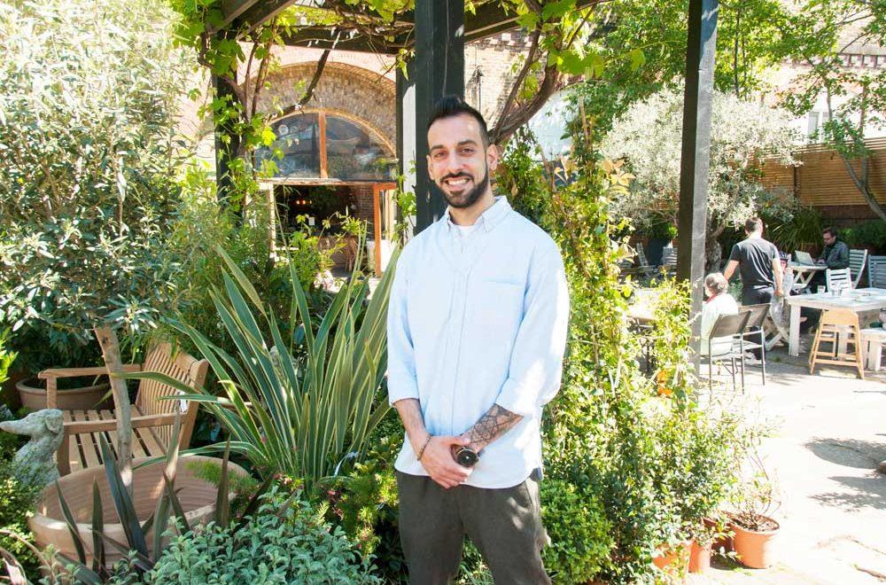 W6 Garden Centre Cafe: A Culinary Oasis